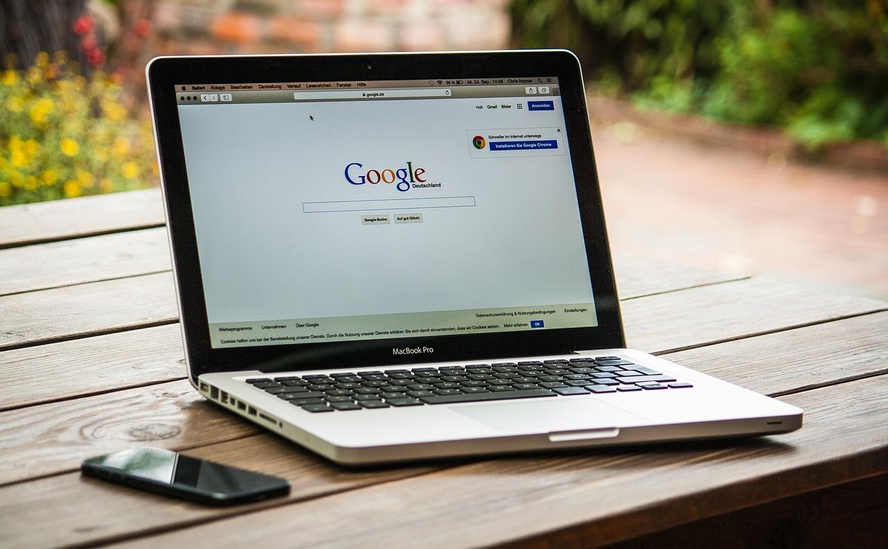 Propozycje słów kluczowych - narzędzia Google